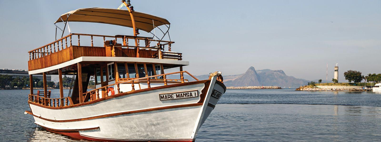 Barco Maré Mansa enseada de botafogo